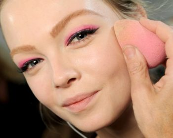 18-must-know-wedding-day-makeup-hacks10