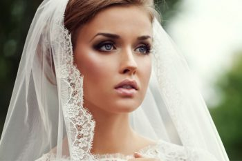 18-must-know-wedding-day-makeup-hacks14