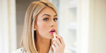 18-must-know-wedding-day-makeup-hacks15