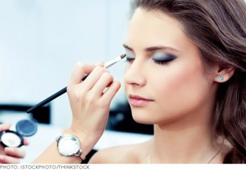 18-must-know-wedding-day-makeup-hacks5