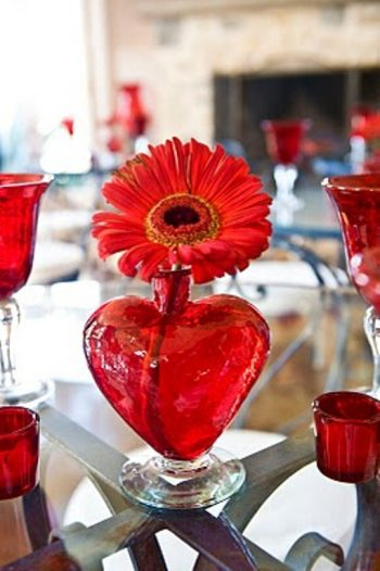 20-decorations-perfect-for-a-valentines-day-wedding12