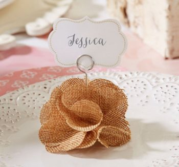 20-decorations-perfect-for-a-valentines-day-wedding19
