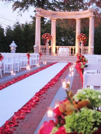 20-decorations-perfect-for-a-valentines-day-wedding2