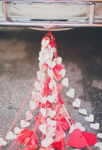 20-decorations-perfect-for-a-valentines-day-wedding8