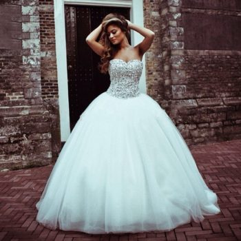 8-wedding-dress-trends8