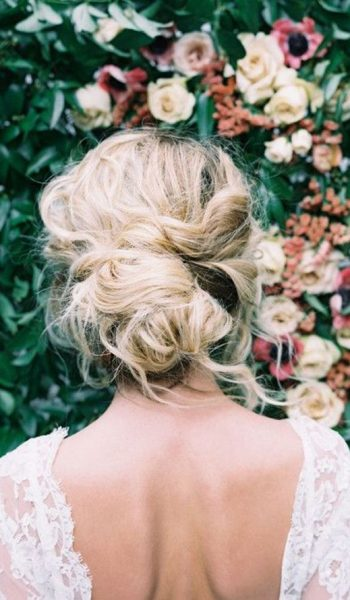 Bridal Hair Trends, Hair Trends for Brides, Bridal Beauty, Bridal Beauty Tips, Hair Trends for Brides, Hair Ideas for Brides, Beauty Tips for Brides, Popular Pin