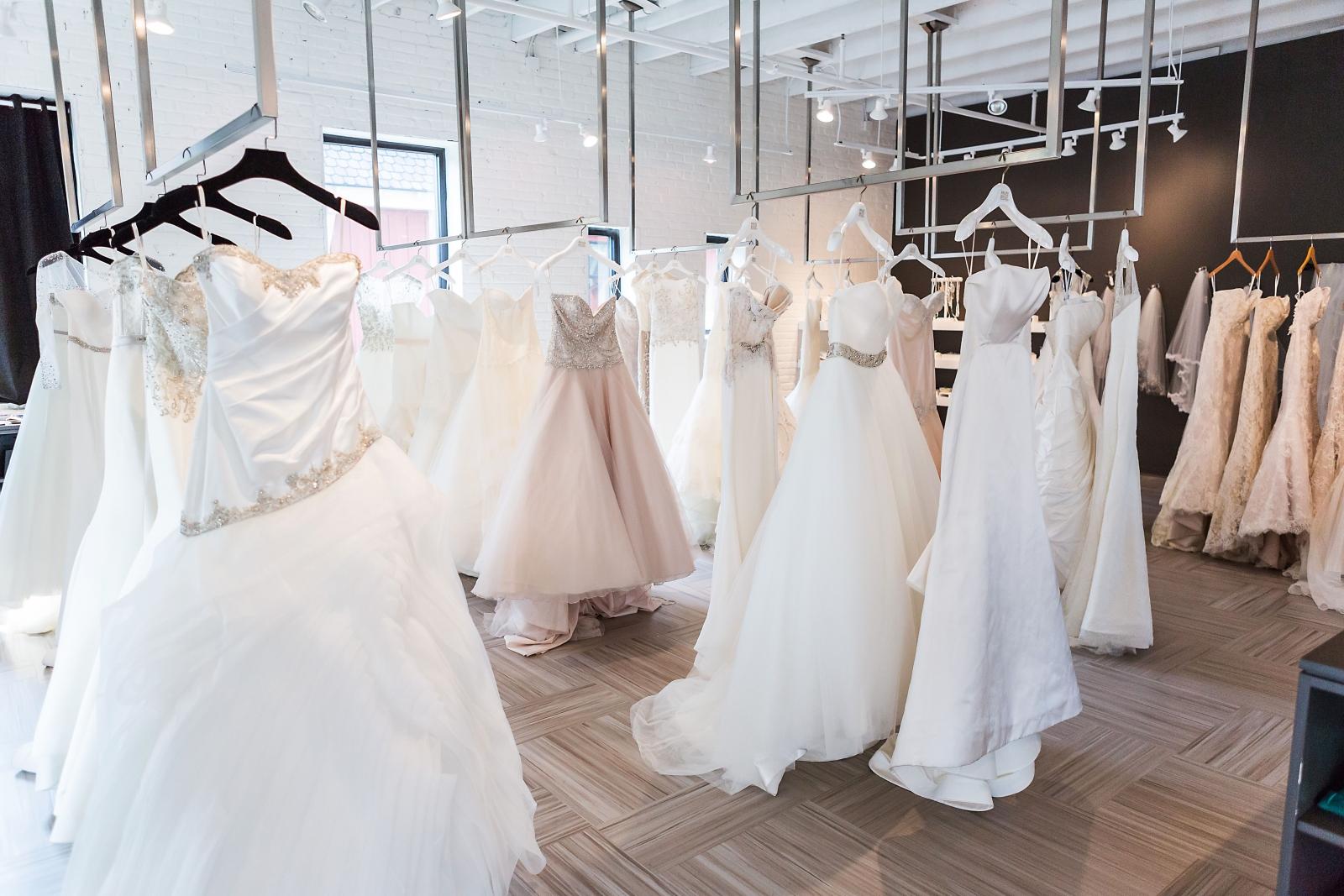 Wedding Dress Shopping, Wedding Dress Shopping Tips, How to Wedding Dress Shop, Tips for Wedding Dress Shopping, Weddings, Wedding Dress, Dream Wedding Dress, Popular Pin