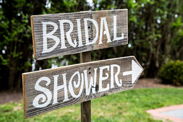 How to Throw The Best Bridal Shower| Best Bridal Shower, Throwing A Bridal Shower, How to Throw a Bridal Shower, Bridal Shower Prep Tips, Planning a Bridal Shower, How to Plan a Bridal Shower