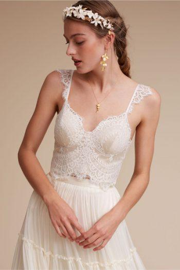 7 Beautiful Wedding Dresses Under $900| Wedding Dresses, Wedding Dress Ideas, Wedding Dress Inspiration, Inexpensive Wedding Dresses, Cheap Wedding Dresses, Beautiful Wedding Dresses, Popular Pin