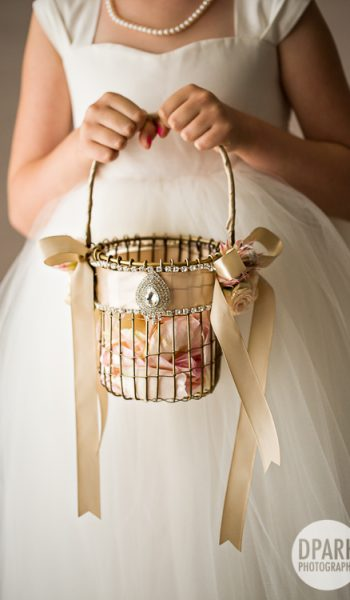 Easy to Make DIY Flower Girl Baskets| Flower Girl Baskets, DIY Flower Girl Baskets, DIY Wedding, Wedding DIY Projects, Inexpensive Wedding DIYs, Wedding Flower Girl Baskets, Popular