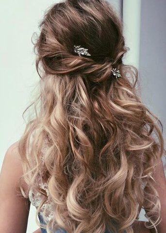 Hairdos For Brides, Wedding Hairstyles, Wedding Hairdo, Wedding Updos, Long Hairstyles for Weddings, Wedding 101, Wedding Hacks, Popular Pin