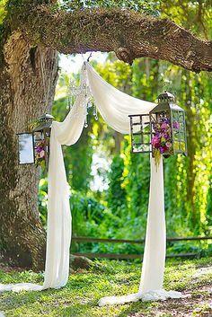 10 Ideas for a Backyard Wedding| Weddings, Backyard Wedding, Outdoor Wedding Ideas, Wedding Hacks, Wedding Planning, Wedding Planning TIps and Tricks. #Wedding #OutdoorWedding