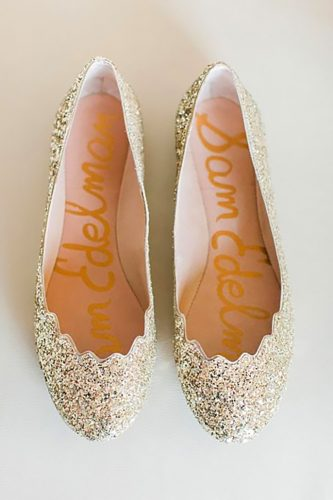 10 Chic (and Comfy) Wedding Shoe Alternatives| Wedding Shoes, Wedding Shoe Alternatives, Wedding Shoe Ideas, Weddings, Dream Wedding, Dream Wedding Hacks, DIY Wedding, Wedding Fashion, Wedding Style #Wedding #WeddingStyle