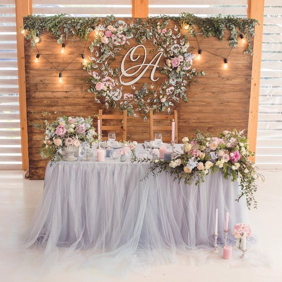 DIY Ideas for Your Head Table| Head Table Tips and Tricks, DIY Head Table, Wedding, Wedding Planning, Wedding Planning Tips and Tricks, Wedding Reception, DIY Wedding Reception #Wedding #HeadTables #DIYWedding