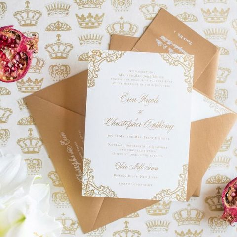 Here's How You Should Address Your Wedding Invitations| Wedding Invitation, Wedding Invitation, Wedding Invites, Wedding Hacks, How to Address Wedding Invitations, Easily Address Wedding Invitations, Wedding Tips and Tricks, Wedding Planning, DIY Wedding #WeddingInvitations #DIYWedding