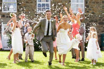 10+ Unspoken Wedding Rules You Should Follow  Wedding Rules, Wedding Rules Traditional, Wedding Rules Traditional, Wedding Rules for Guests, Wedding Rules You Should Actually Follow #WeddingRulesTraditional #WeddingRules #WeddingRulesforGuests