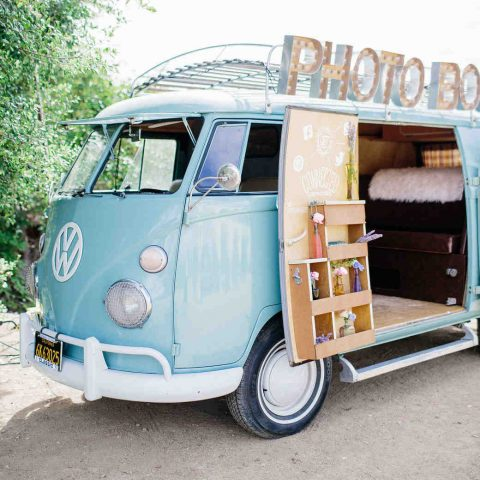 8 Adorable Ideas for Your Wedding Photo Booth   Wedding Photo Booth, Wedding Photo Booth Ideas, Wedding Ideas, DIY Wedding Ideas, Wedding Photography, Wedding Photography Ideas