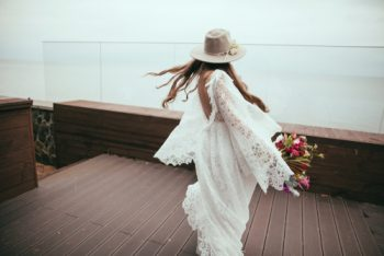 Are you looking for gorgeous boho wedding dress inspiration? Whether you're planning a wedding or just drooling over someone else's incredible boho wedding, here is a convenient list of beautiful boho wedding dresses. Don't miss it!