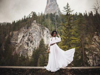 Are you looking for gorgeous boho wedding dress inspiration? Whether you're planning a wedding or just drooling over someone else's incredible boho wedding, here is a convenient list of beautiful boho wedding dresses. Take a look!