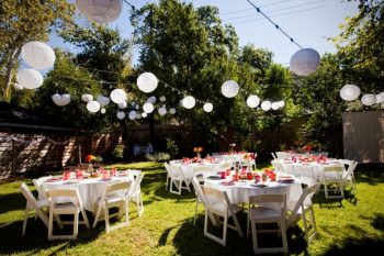 Backyard Weddings | Backyard Wedding Ideas | Save Money with a Backyard Wedding | Backyard Wedding Tips and Tricks | Backyard Wedding Ideas to Save Money