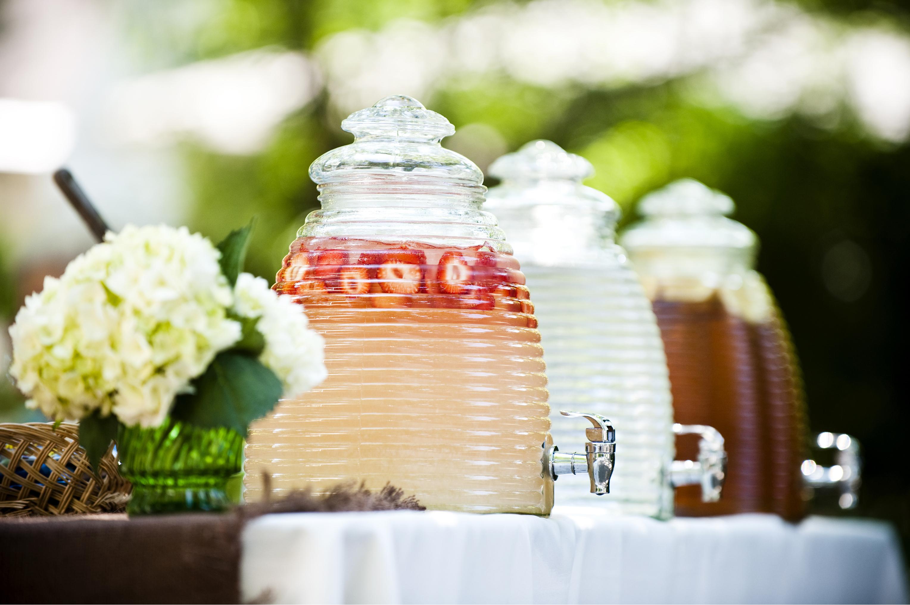 summer wedding   summer wedding reception   summer wedding reception tips   summer wedding tips   outdoor wedding   wedding tips