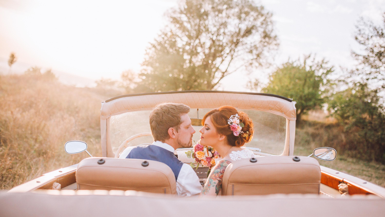 makeup tips for outdoor weddings | makeup | makeup tips | wedding makeup tips | wedding tips | makeup tips for brides | bridal makeup