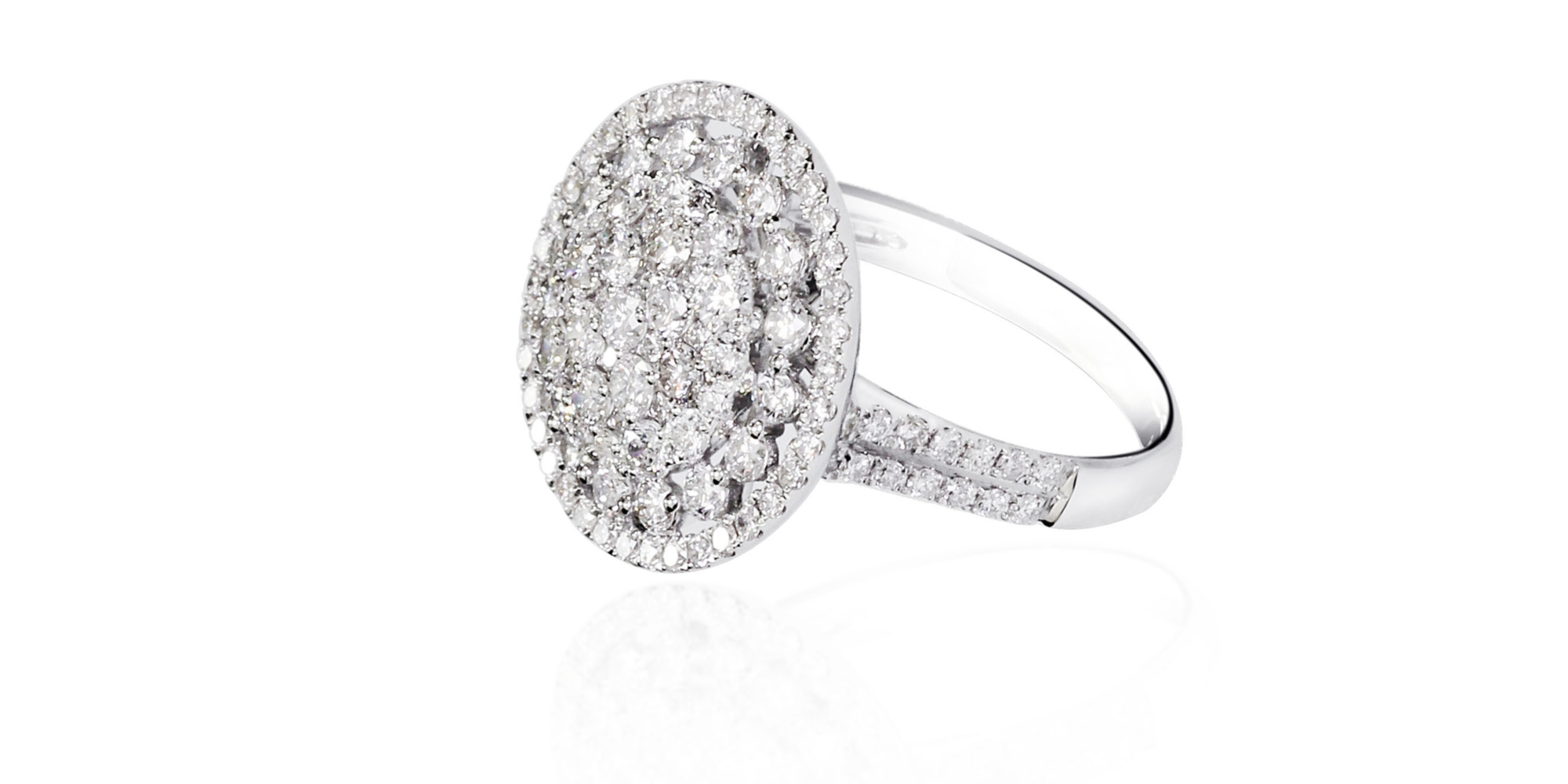 Want to know of the biggest engagement ring trends? Seamless halo engagement rings are all you could ever want