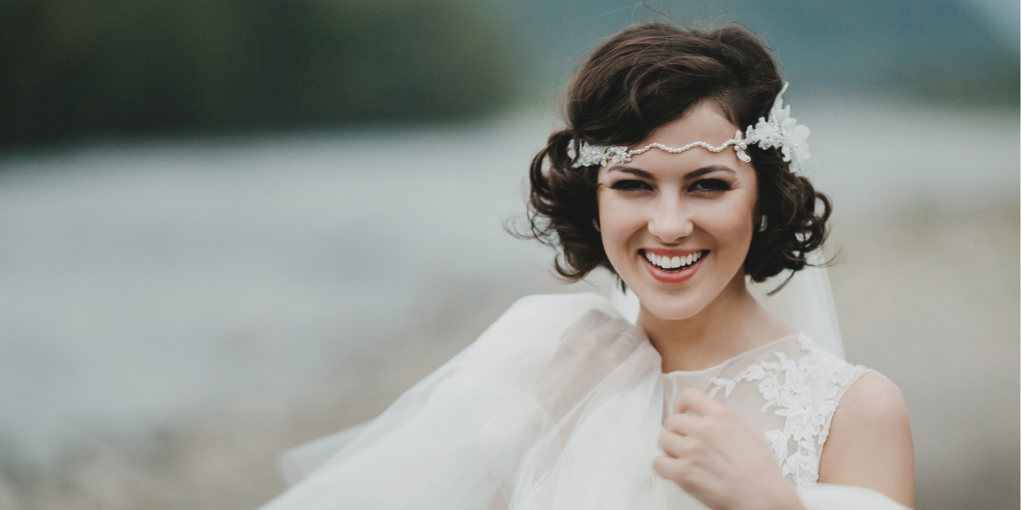One of my favorite looks for brides with short hair is a headband veil. It is such a timeless look and will make you look so chic.