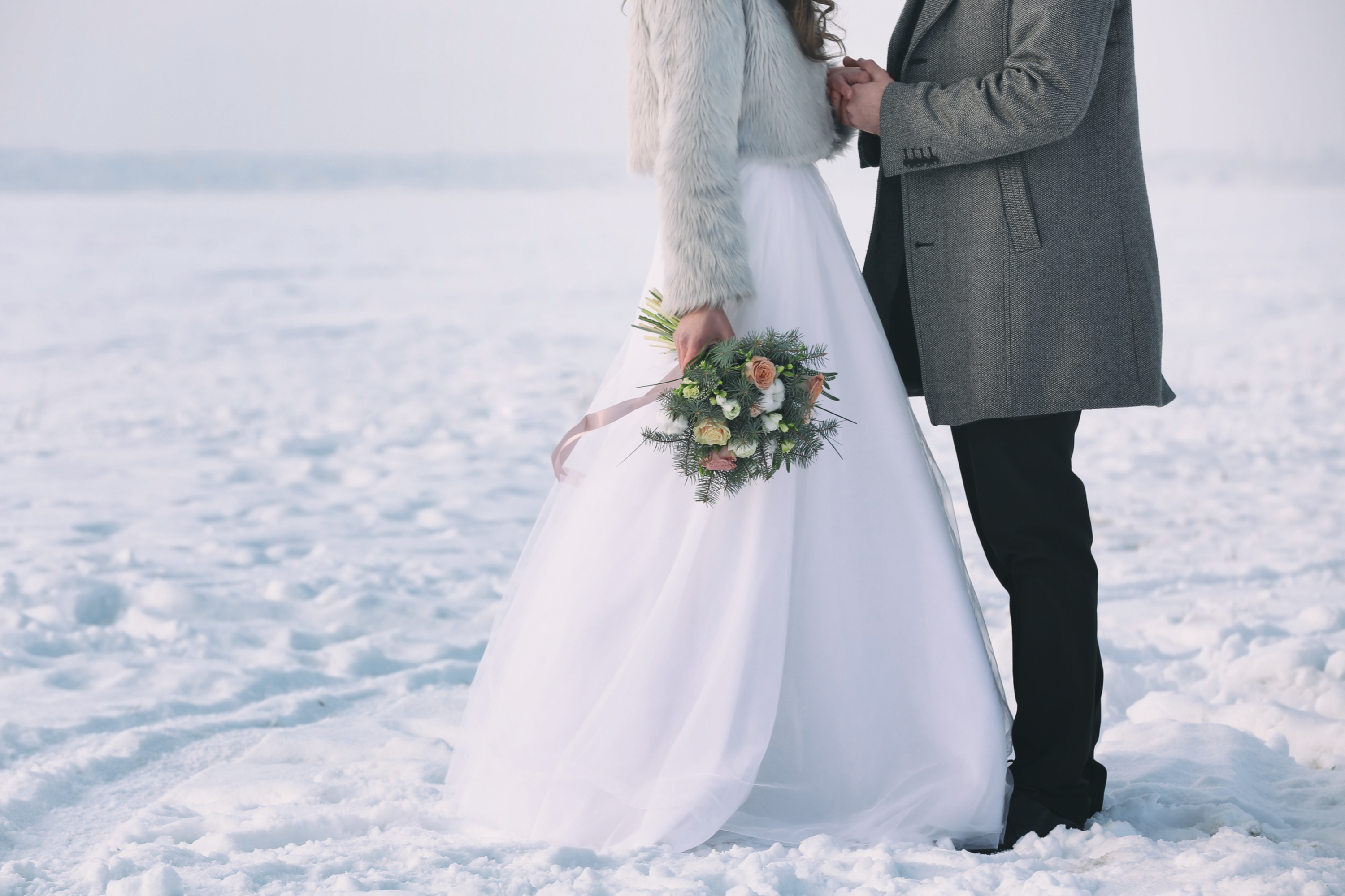 When you're planning a winter wedding, you want to make sure you have winter wedding favors for your guests. Check out these winter wedding favors your guests will love!