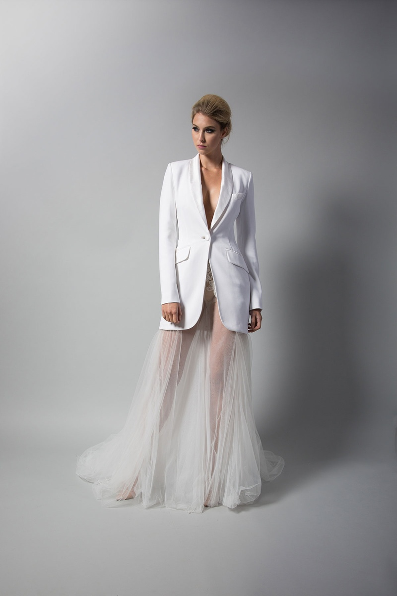 Are you looking for something a little bit different and definitely ultra-chic? Tuxedo dresses or a white lace pant suit is your answer! See how beautiful you can look in a tuxedo dress like this!