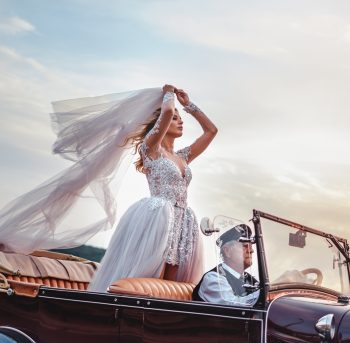 If you're an older bride looking for your perfect wedding dress, don't stress. I have the best ideas for older bride dresses. Pant suits or tuxedo dresses and always a great option!