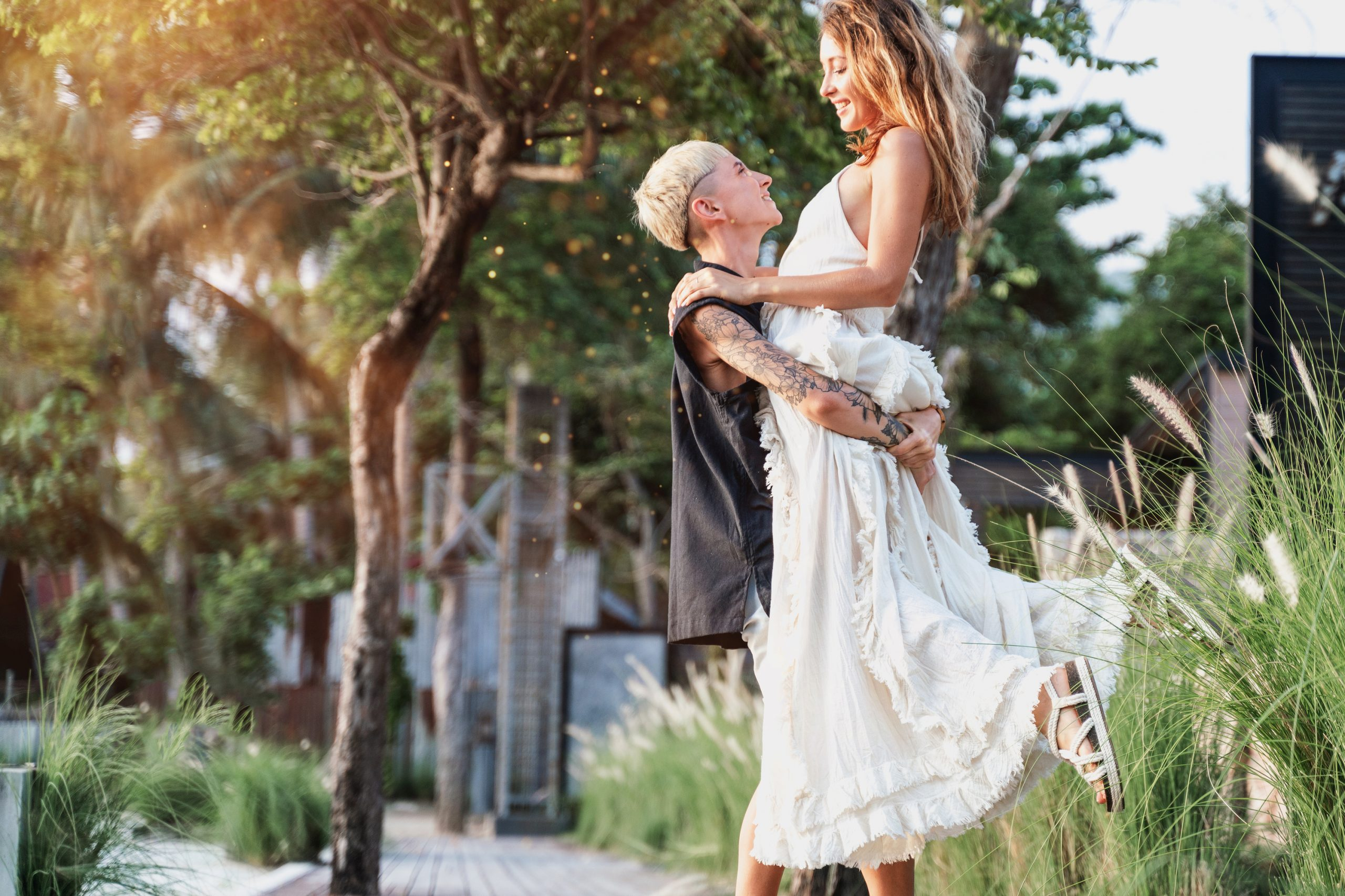 If you are a lesbian getting married, it can be tricky to pick an outfit to wear on your big day. But, these lesbian wedding outfits are perfect for your big day! There is nothing wrong with embracing who you are and going casual.
