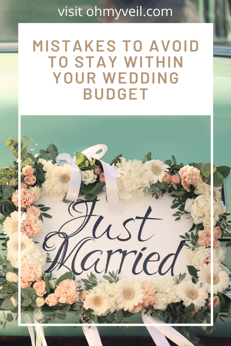 Ohmyveil.com is THE place for a bride-to-be! Find all the resources you've been missing as you're planning the big day! Make sure you don't break the bank with this list of budget breaking wedding mistakes.